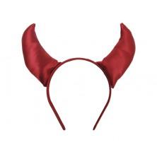 Čelenka s červenými rohy